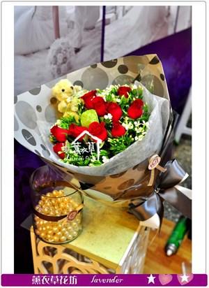 玫瑰花束a061519