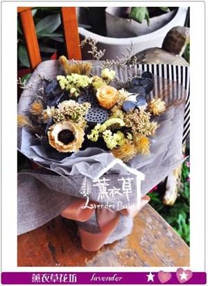 乾燥花花束106081260