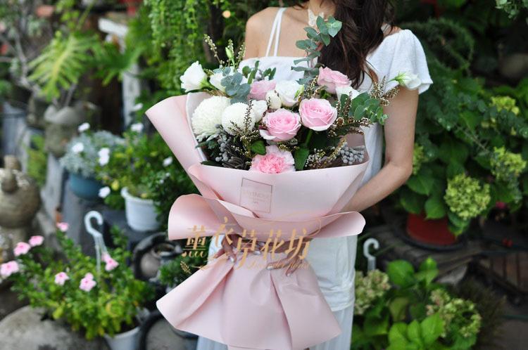 玫瑰花束設計 109082021