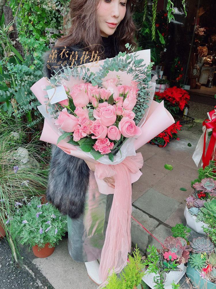 韓式愛心~玫瑰花束109120736