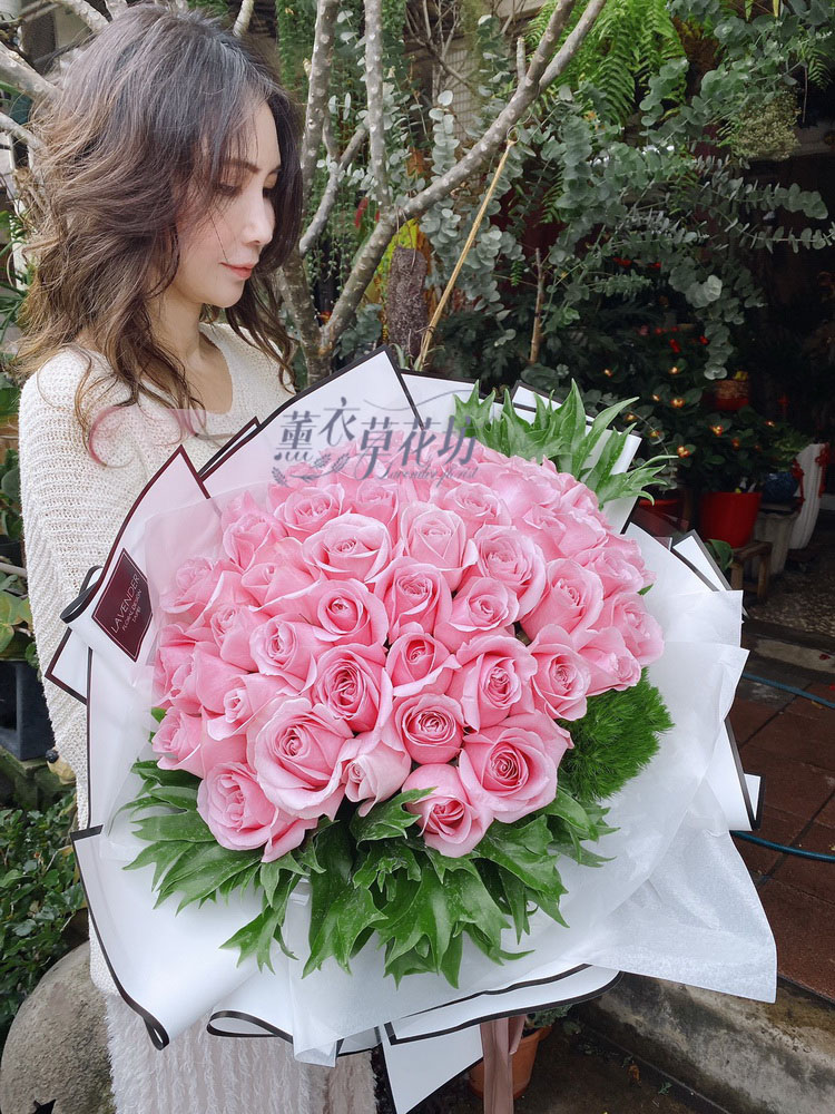 魅力粉玫瑰花束50朵 109030808