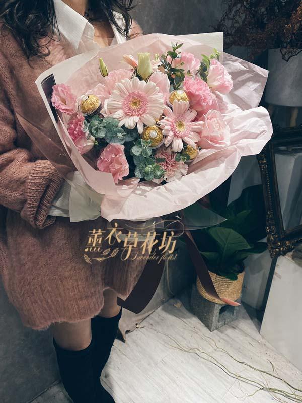 金莎/玫瑰/結梗 花束設計108120623