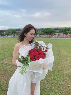 玫瑰花束109081006
