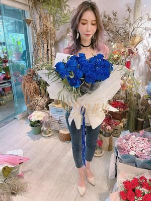 荷蘭進口藍色玫瑰20朵 110022509