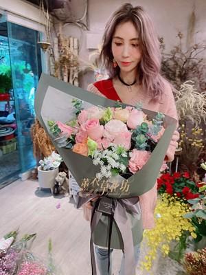 進口玫瑰花束 110010717