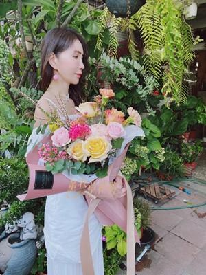 玫瑰花束 109082025