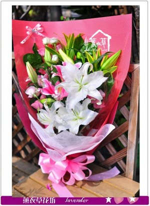 香水百合花束設計c090119