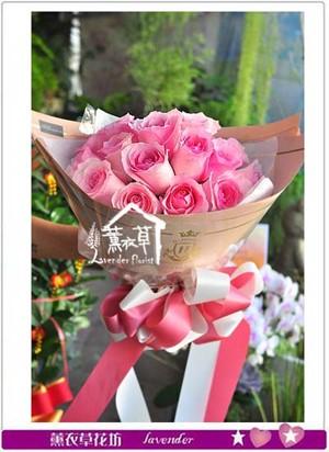 荷蘭進口粉玫瑰花束107071305