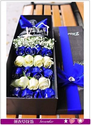 藍白玫瑰花盒設計b042313