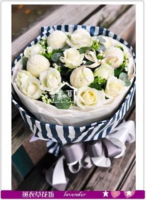 白玫瑰花束a072810