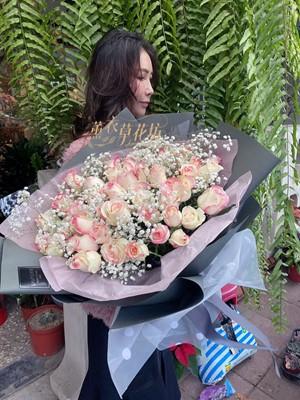 草莓牛奶 玫瑰花束50朵108123125